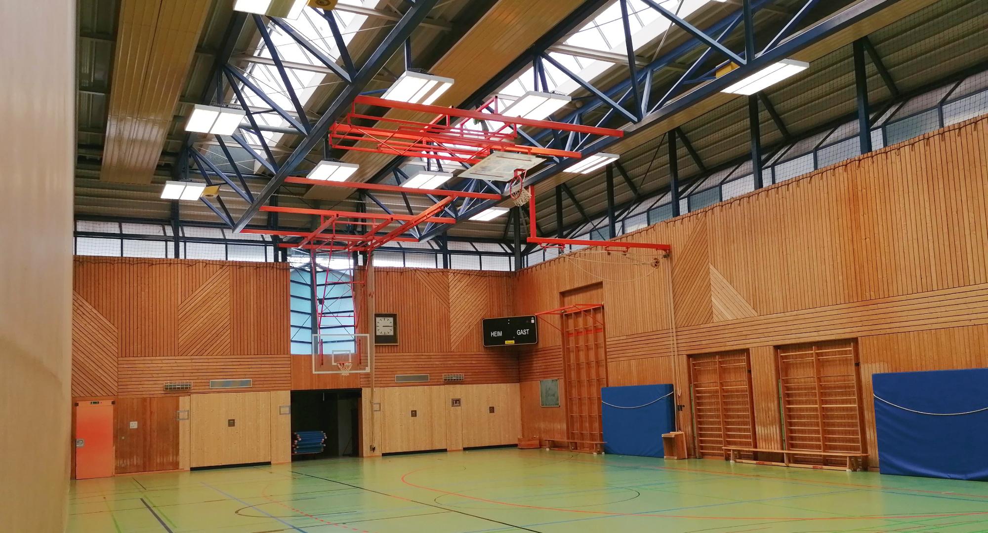 Jahnsporthalle innen